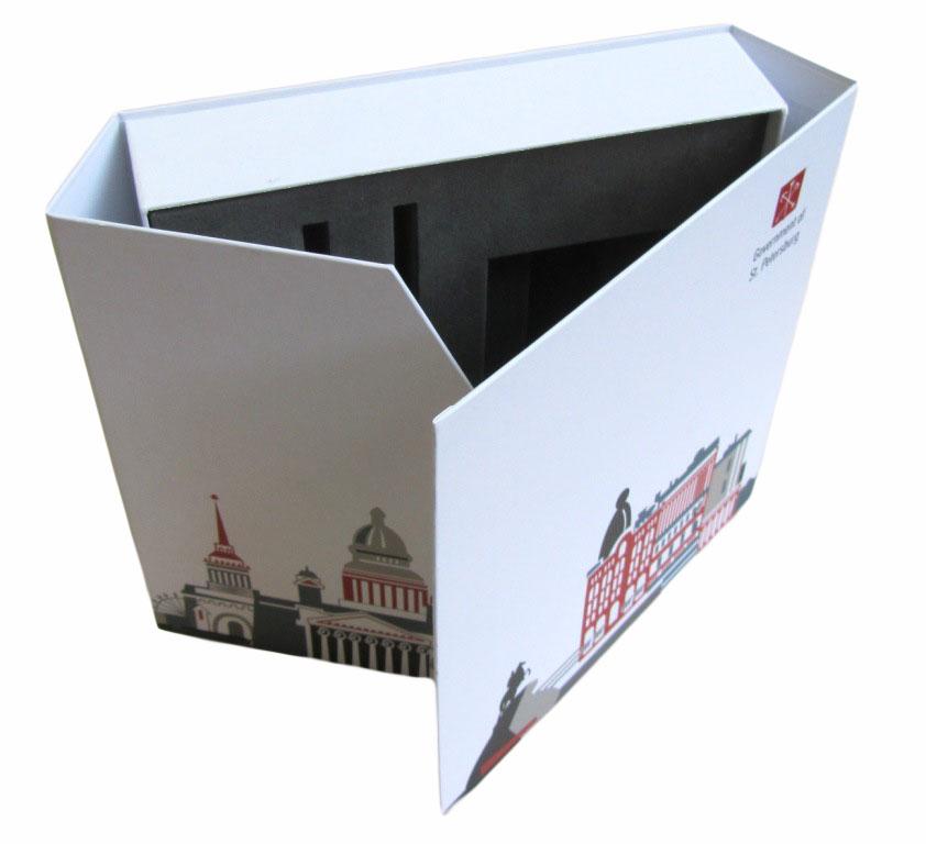 Коробка с ложементом открытая